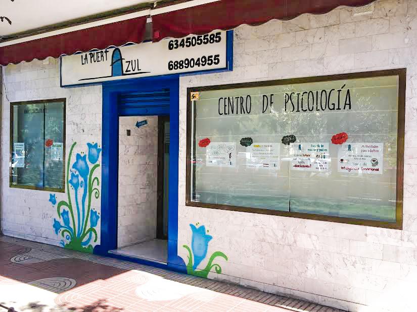 lapuertaazul-fachada