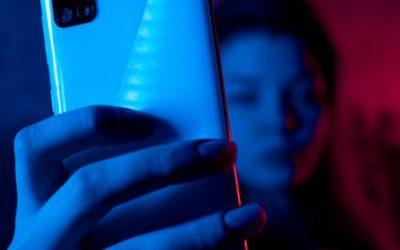 Las 5 preguntas más frecuentes sobre el uso del móvil en adolescentes (y una queja)