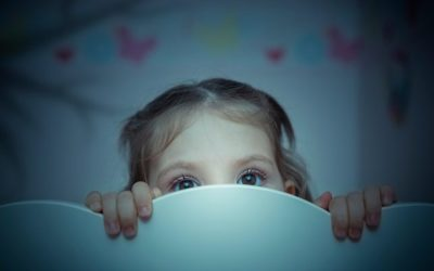 ¿Qué puedo hacer si mi hijo tiene muchos miedos?